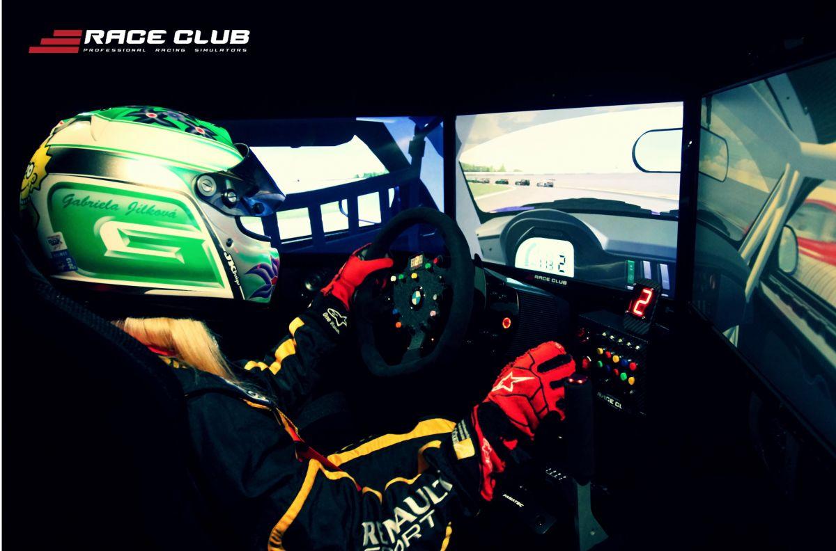 VIP jízda na simulátorech RACE CLUB 60 min (pro 1 osobu)